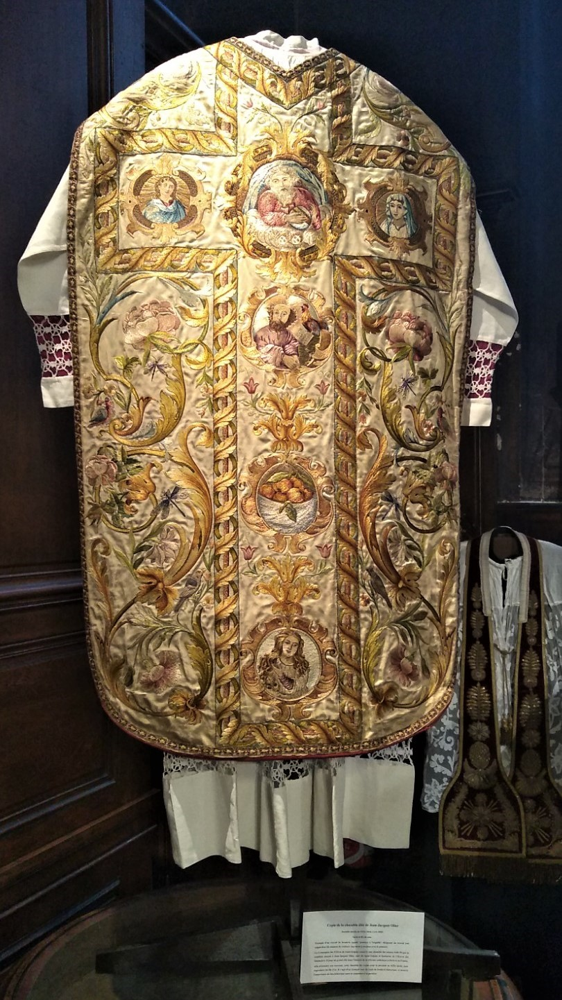 chasuble olier